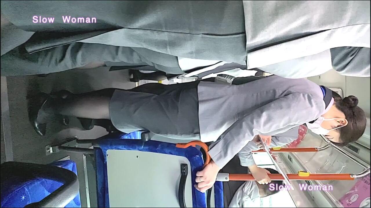 ANAのグランドスタッフをバス中で撮影