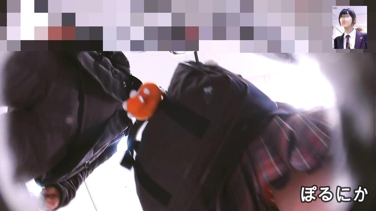 超絶かわいい制服JKのスカートの下からぽるにかさんの盗撮カメラが静かに忍び寄る