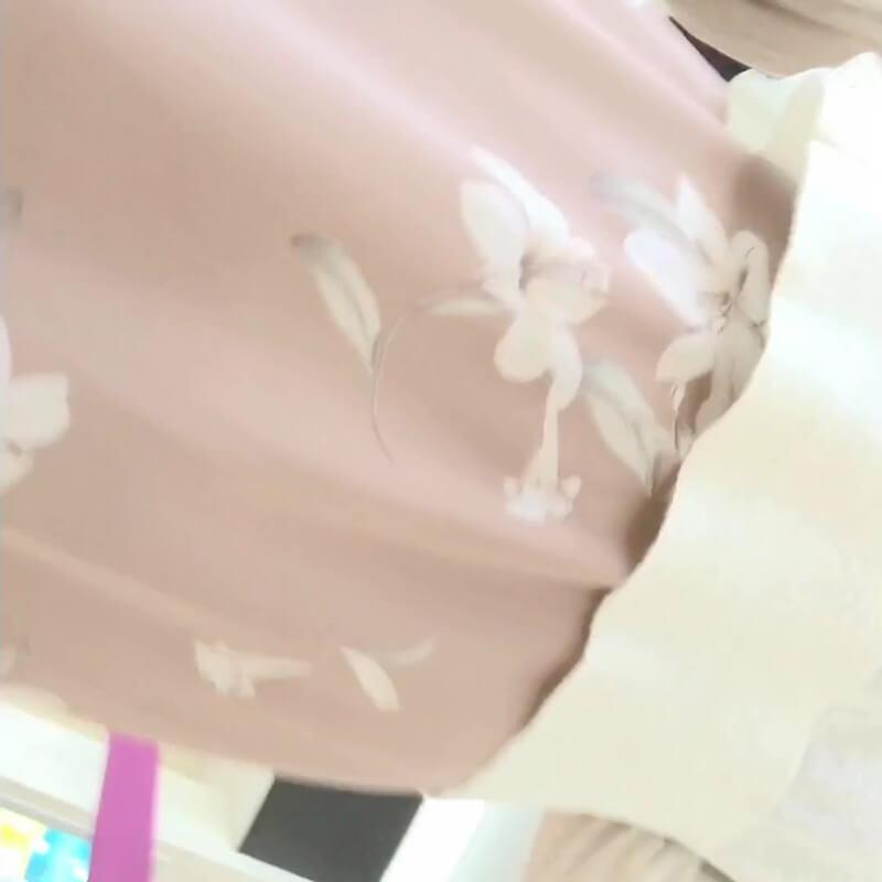 可愛い女性のスカート