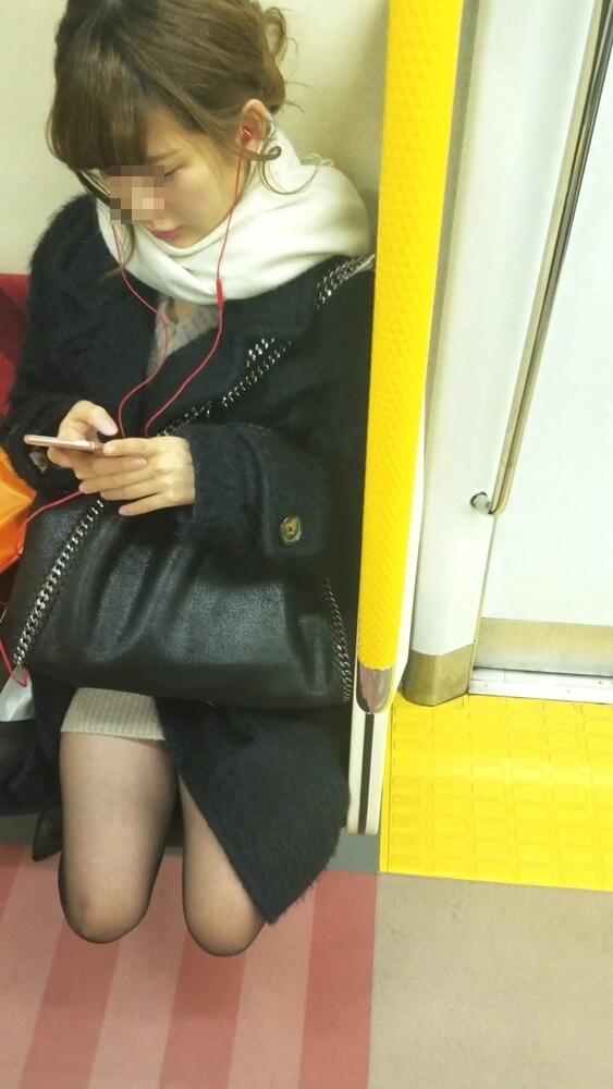 みかけさんの逆さ撮りターゲットの女性の顔