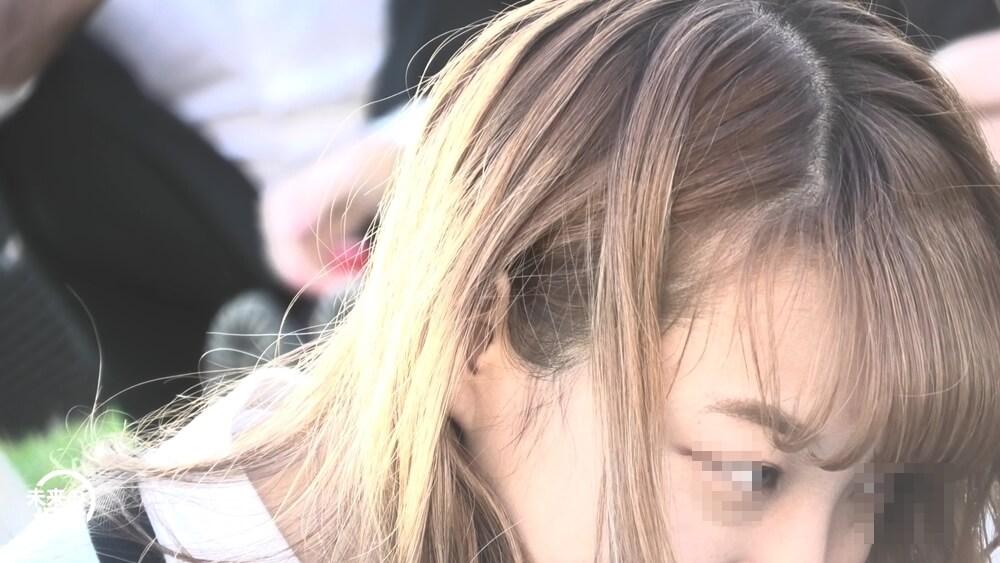 パンチラターゲットの女の子の顔