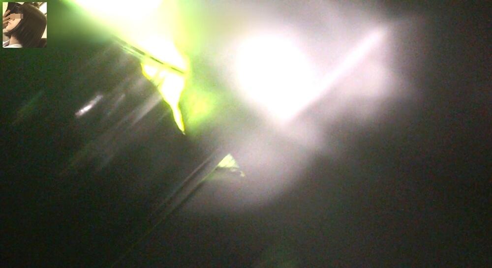 スカート内からカメラが外に出た時のカメラ映像